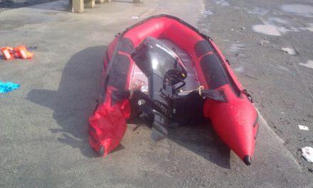 La Guardia Civil intercepta una goma con 120 kilos de hachís cerca de Benzú