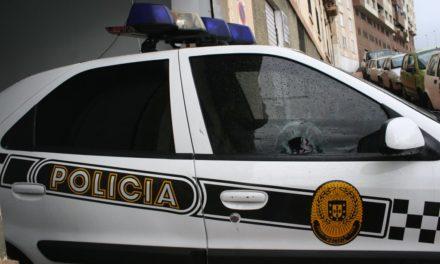 Detenidos cuatro menores en dos días por apedrear un zeta y un autobús