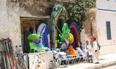 Las balsas usadas por los inmigrantes cuestan unos 150 euros en Marruecos