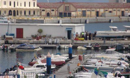 La Policía Nacional investiga un robo en siete embarcaciones en Marina Hércules