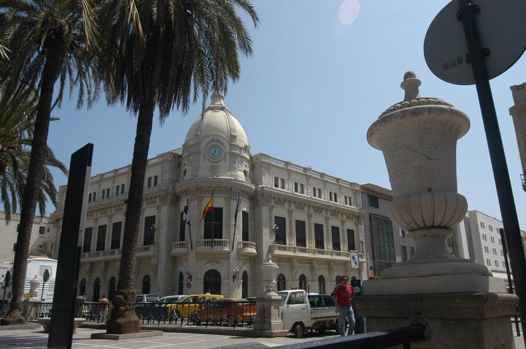 La Mesa Negociadora sobre las 14 plazas de policía local termina sin consenso
