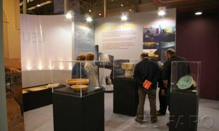 El stand ceutí en AR&PA suscita gran interés entre los visitantes
