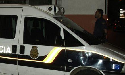 Dos policías nacionales heridos tras un atropello en Martínez Catena