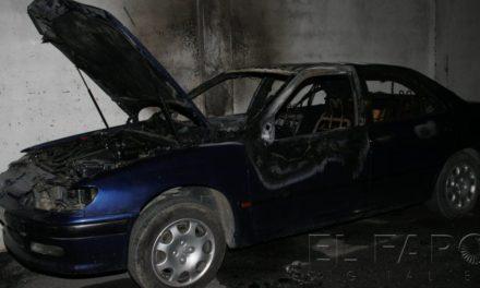 La quema de coches deja de ser exclusiva del extrarradio y se extiende por la ciudad