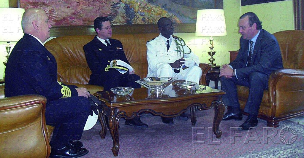 Para la armada es un honor venir a ceuta el faro de ceuta for Oficina extranjeria toledo