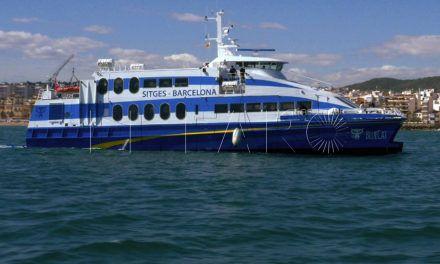 Bluemar Ferries aplaza por unos días su decisión sobre su instalación en el Estrecho