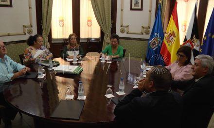 Ceuta y Melilla buscan soluciones comunes en la atención a menores