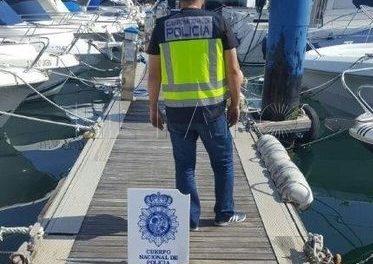 Seis detenidos por narcotráfico que simulaban estar pescando para introducir droga desde Ceuta