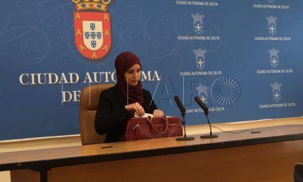 Nayat Mohamed donará las dietas de los plenos a una ong para seguir en el Plan de Empleo