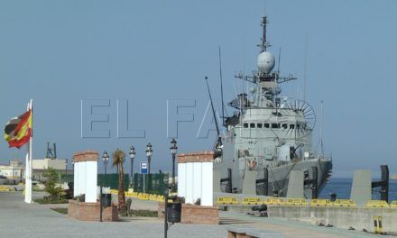 El patrullero 'Vencedora' de la Armada puede visitarse en el Muelle de España