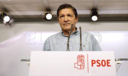 Ocho líderes regionales del PSOE, incluido el ceutí, piden a la gestora una abstención mínima