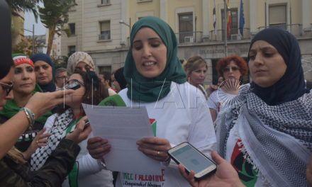 Caballas se concentra en apoyo a la Flotilla de Mujeres rumbo a Gaza