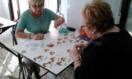 El Aula de Mayores colabora con el Día contra el Cáncer de Mama