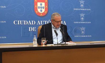 El consejero Fernando Ramos asume una sanción de 3.000 euros por tener operativa la terraza de su pub