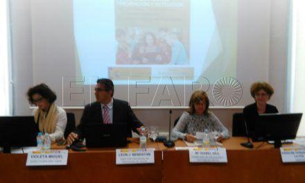 La consejera de Educación y el director provincial inauguran el seminario en prevención de formas de intolerancia en el aula