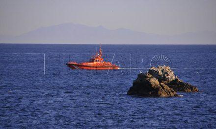 Salvamento Marítimo rescata a siete magrebíes en Benítez