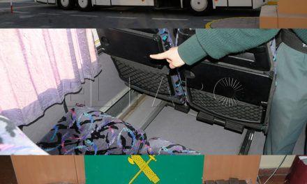 Absuelto el conductor de un autobús que cargaron de droga sin su conocimiento