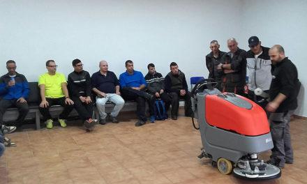 Usuarios de Plena inclusión reciben formación sobre maquinaria adquirida para su Servicio de Integración Laboral