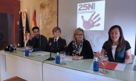 Abogados y CNP divulgan su trabajo en la atención a las víctimas de maltrato