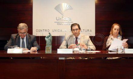 La columnista Ana Isabel Espinosa gana el premio Unicaja con un artículo sobre machismo
