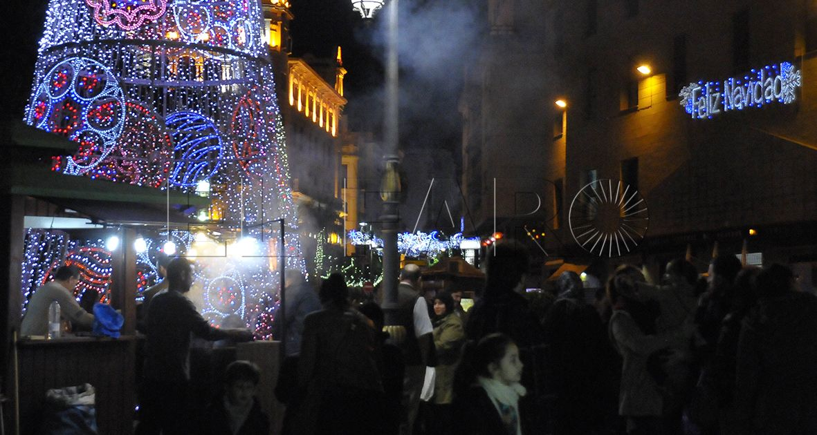 Vecinos demandan alumbrado navideño en las avenidas Virgen de África, España y Teniente General Muslera
