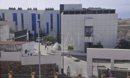 Vivas expone a la Defensora del Pueblo la problemática de los MENA