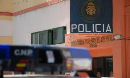 """La Jefatura de Policía dice que """"se ha cumplido escrupulosamente"""" lo dictado en la sentencia en el caso de la agente cesada"""