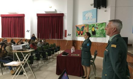 "Guardia Civil conciencia a los alumnos del 'Camoens' contra la ""lacra del siglo XXI"""