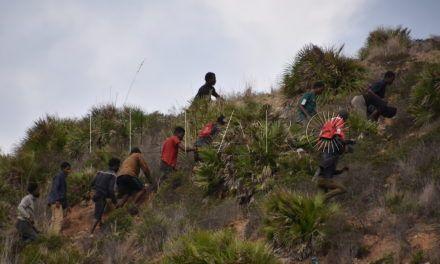 """CEAR exige que """"se eliminen los obstáculos"""" para el acceso al derecho de asilo en las fronteras de Ceuta y Melilla"""