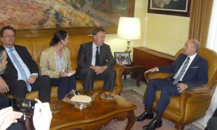 Los socialdemócratas alemanes y la Embajada conocen en Ceuta la política migratoria