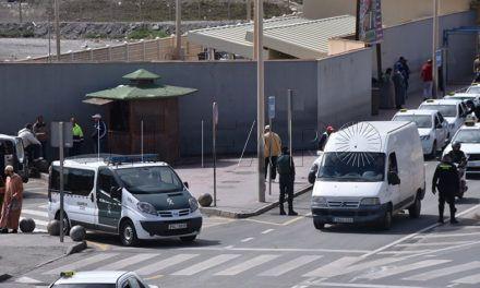 Taxis con matrícula azul para distinguirse de los piratas
