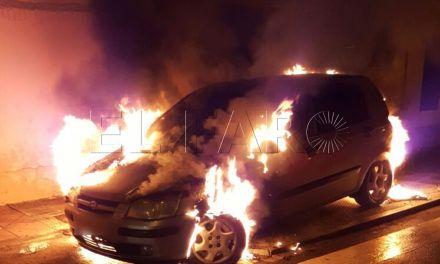 Noche de incendios en coches y contenedores