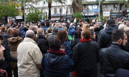 Una protesta con las siglas de la ciudadanía