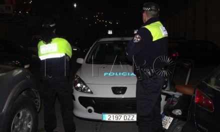 La Policía Local detiene a dos menores con un arma simulada en el Polígono