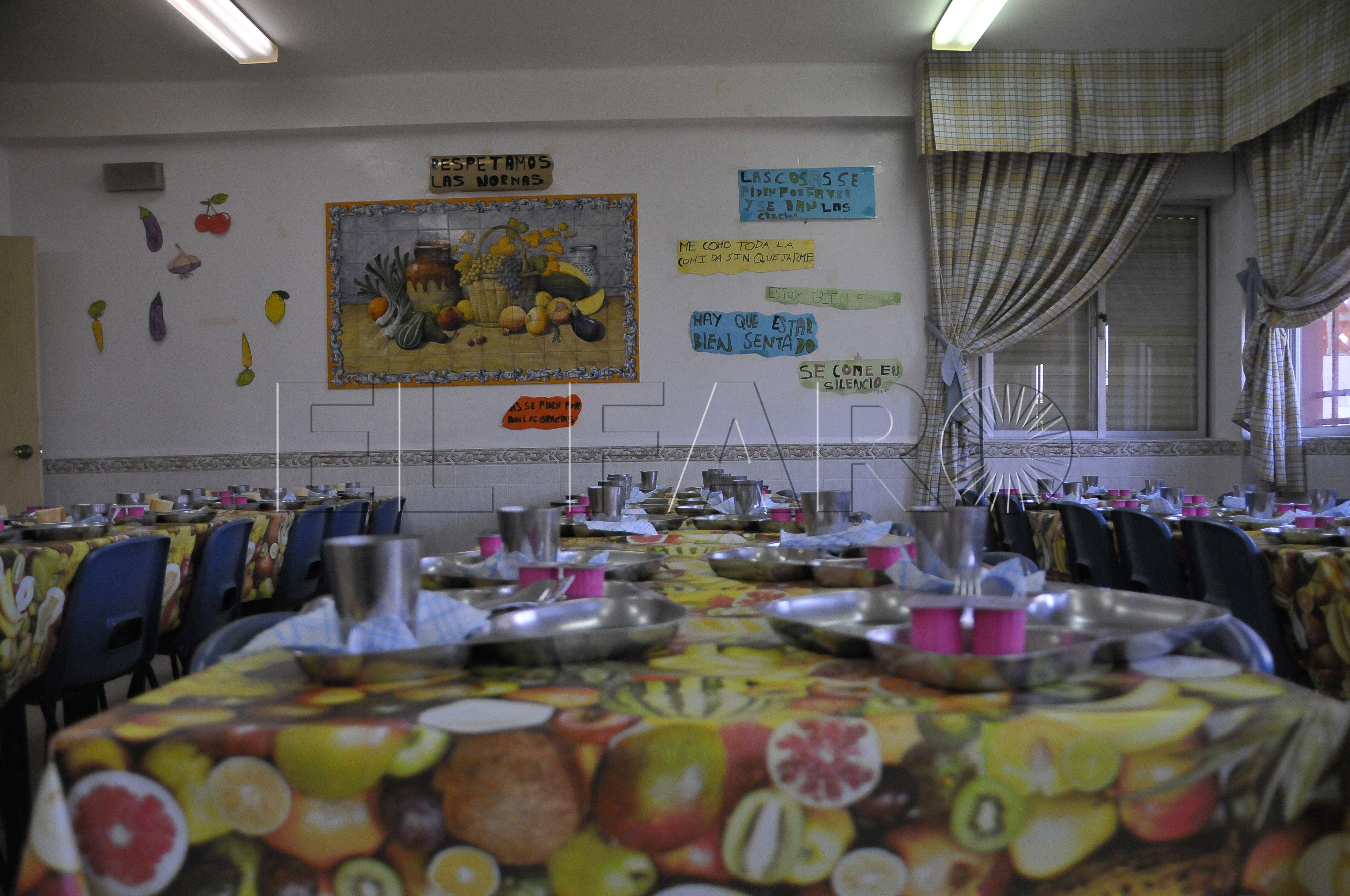 Delegación dice que 1.100 alumnos comerán este curso en los siete centros que disponen de comedor escolar