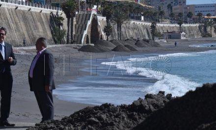 Carreira propondrá al Estado una actuación integral sobre todas las playas de la bahía sur