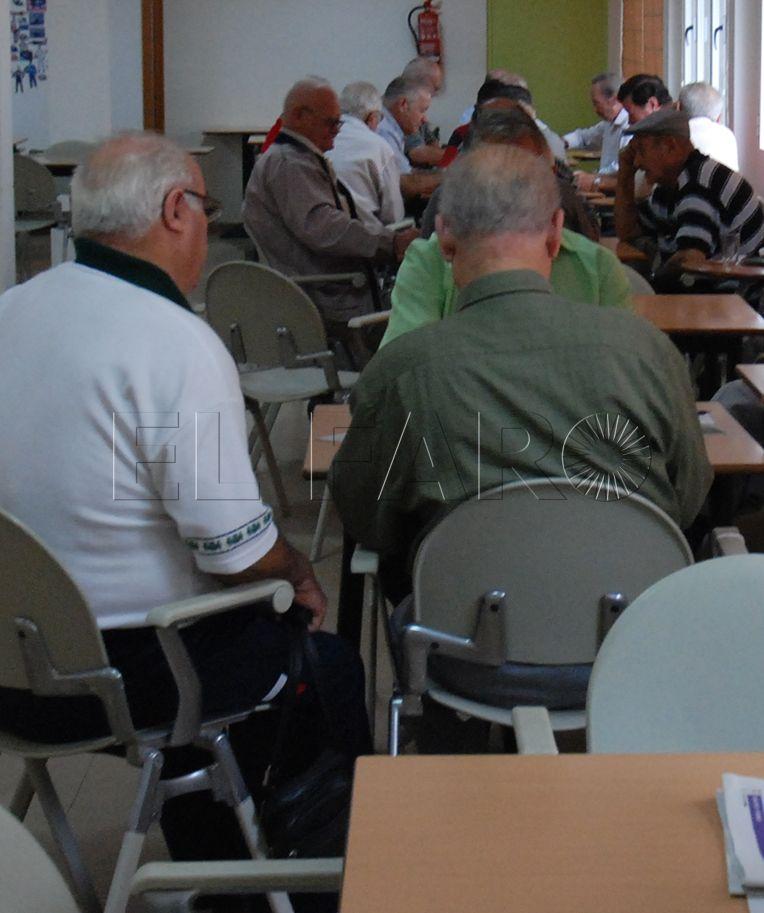 Cuarenta y cinco ceutíes cobran la pensión máxima, 2.567 euros al mes