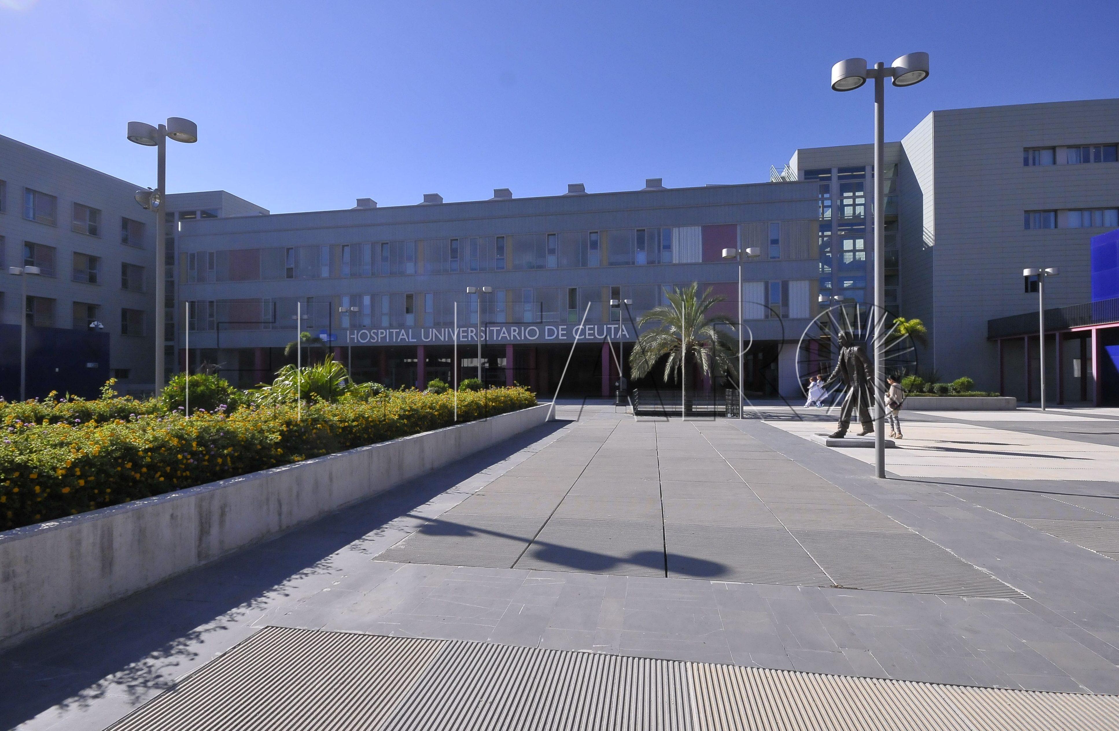 El CNP detuvo a los padres de un menor tetrapléjico a quien pretendían dejar solo en el Hospital
