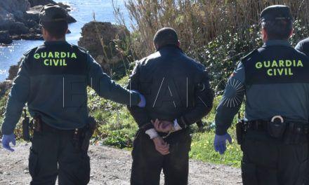 La Fiscalía pide ocho años al patrón de una embarcación rescatada con 12 inmigrantes