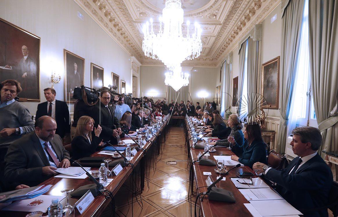 Deu asiste a la última reunión para preparar la Conferencia de Presidentes