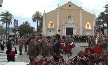 Arriado de bandera por San Juan Bosco