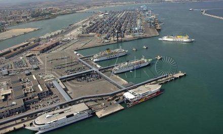 El buque de FRS tuvo que regresar a Algeciras tras sufrir un trabajador un accidente