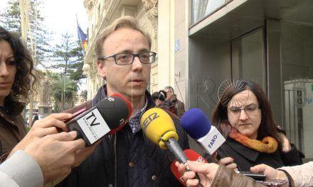El senador Guillermo Martínez defiende la labor de las Fuerzas de Seguridad en la frontera de Ceuta