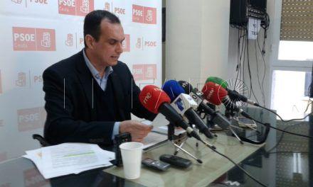 Hernández pide la dimisión de Fernando Ramos