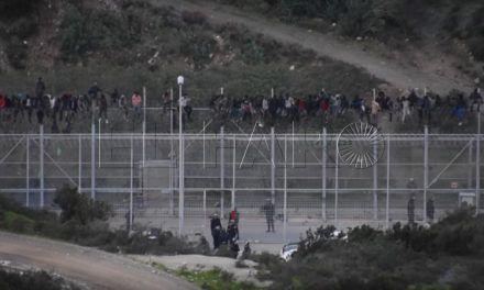 Zoido transmite a Vivas el apoyo en nombre del Gobierno tras el intento de entrada de inmigrantes de hoy