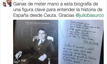 Pablo Iglesias se interesa por el libro sobre Sánchez Prado de Paco Sánchez
