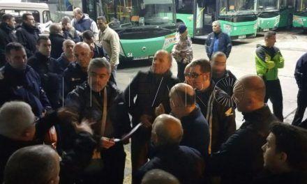 Los trabajadores de autobuses Hadu-Almadraba anuncian huelga