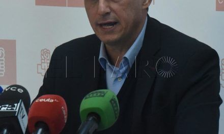 """Hernández denuncia """"la artera maniobra del PP y C's para vetar 4.000 enmiendas de la oposición a los PGE"""""""