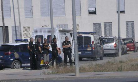 Quedan en libertad dos menores tras apedrear a la Policía Nacional