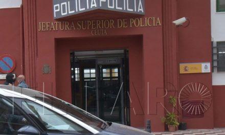 Dos menores detenidos tras robar un móvil a punta de navaja